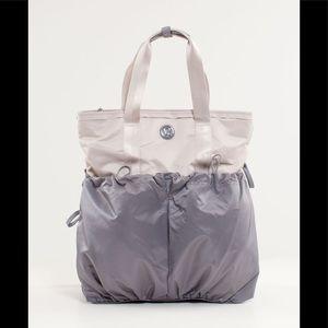 Rare Lululemon go and flow tote bag